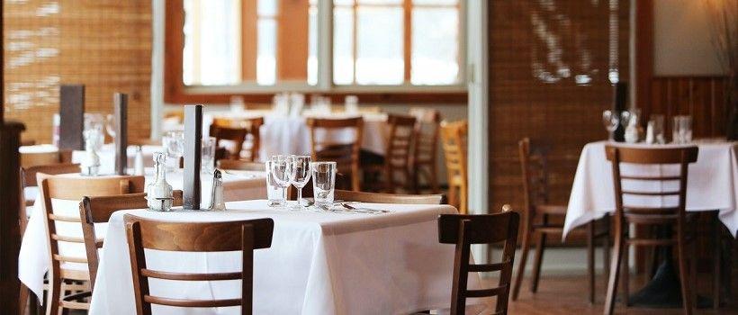 Visuel restaurant vide à la une